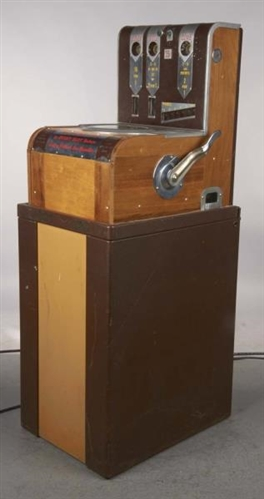 Lot Detail 25 162 Mills Dice Machine Slot Machine On Stand