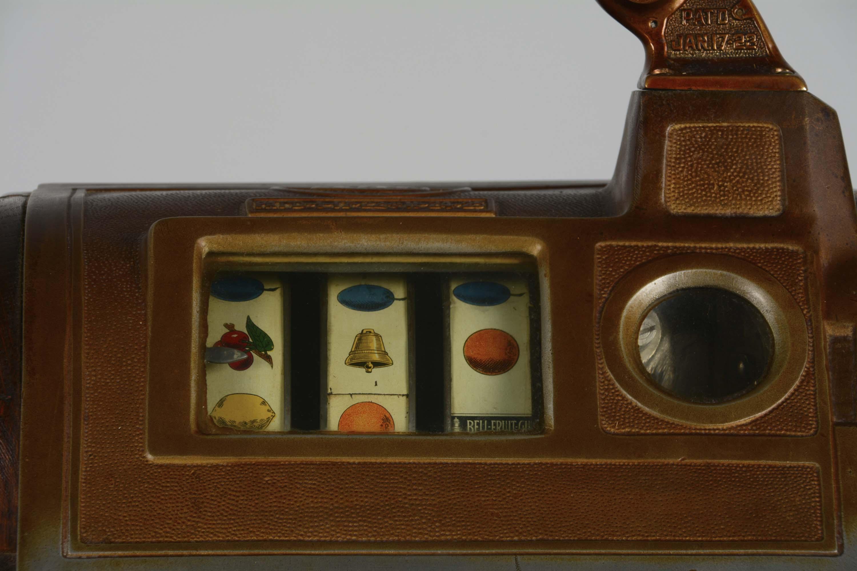 Lot Detail 5 162 Jennings Jackpot Quot Dutch Boy Quot Slot Machine