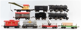 LOT OF 10: LIONEL NO. 204 & NO. 1684 LOCOMOTIVES & FREIGHT CARS.