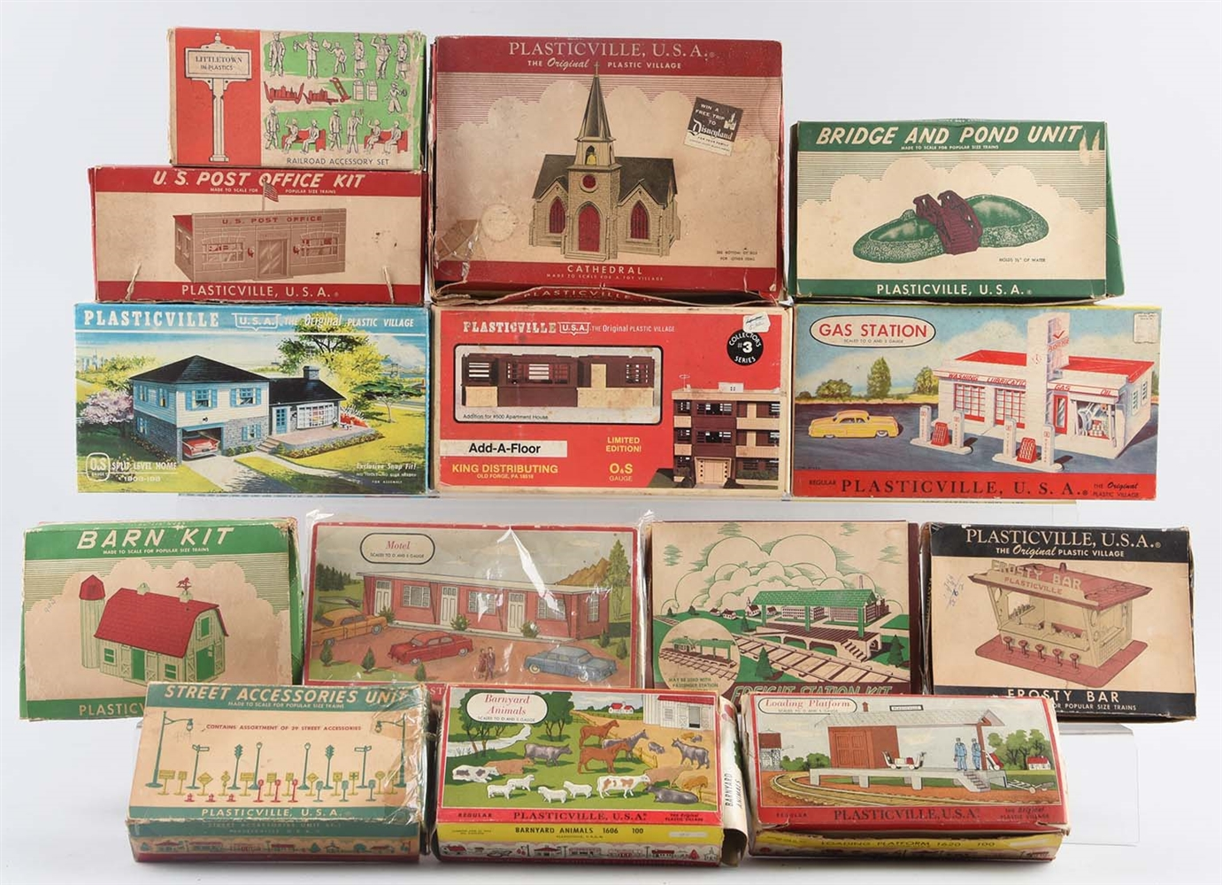 BOX OF VINTAGE PLASTICVILLE.