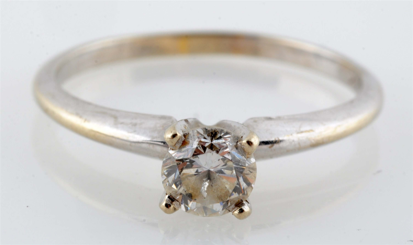 14k White Gold Ring with 0.54 Brilliant Diamond Center