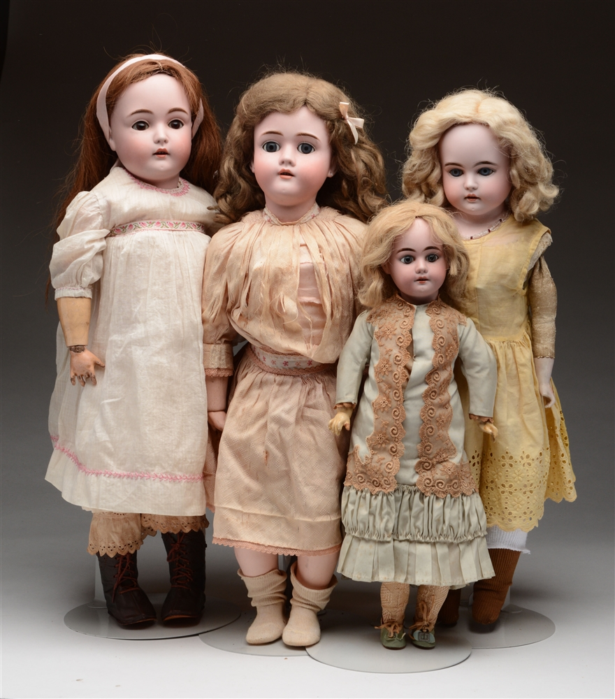 Lot of 4: German Open Mouth Children.