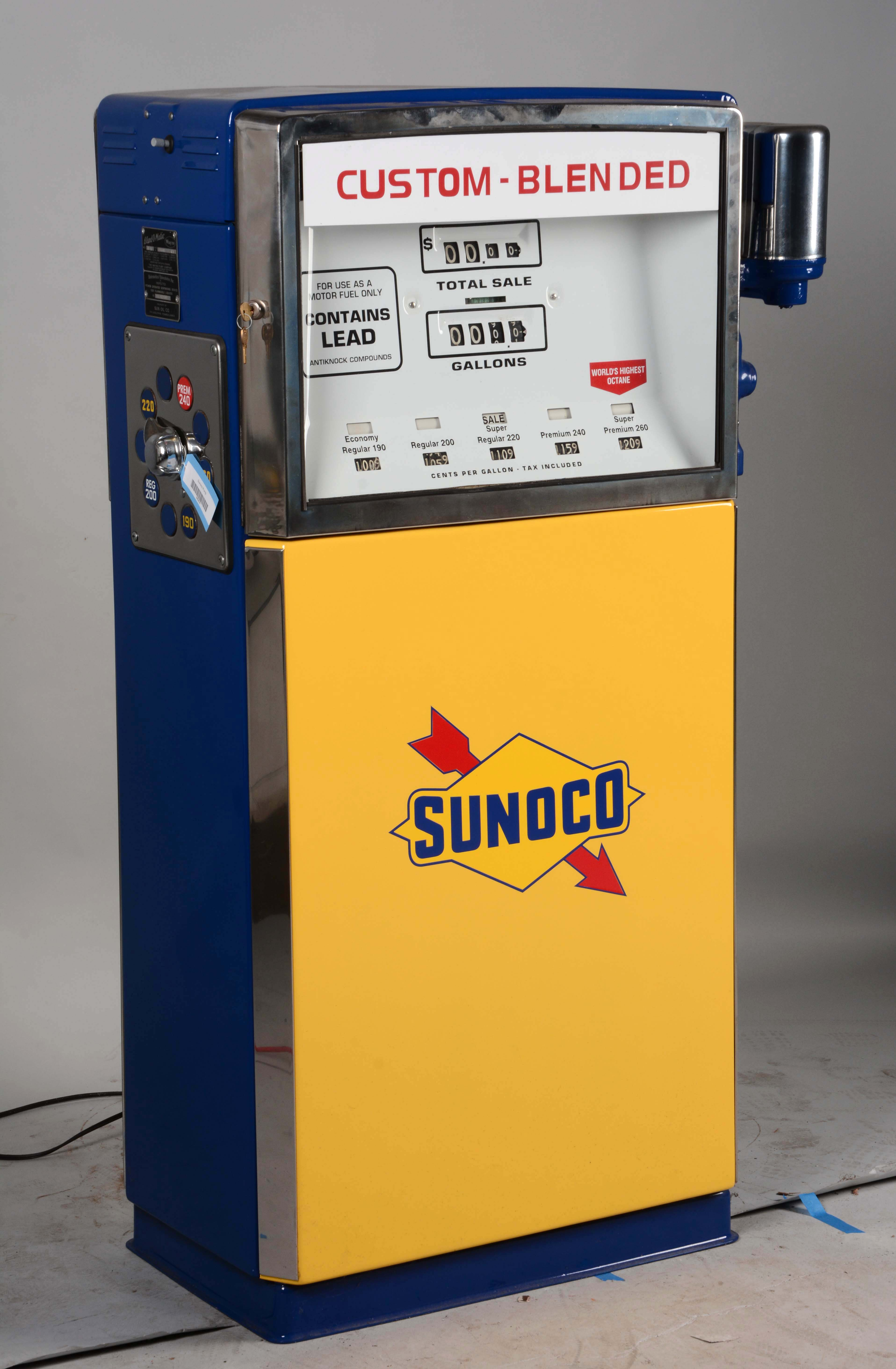 Gas Prices Las Vegas >> Lot Detail - Wayne Blend-O-Matic Gas Pump Restored In Sunoco.
