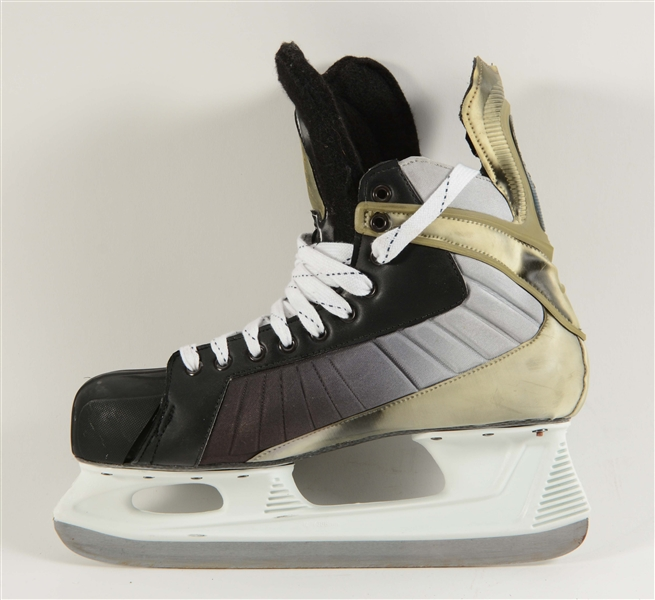 284846097e3638 ... Nike Quest V12 skate was originally obtained from a team source. Hand  written tag in the back of boot reads