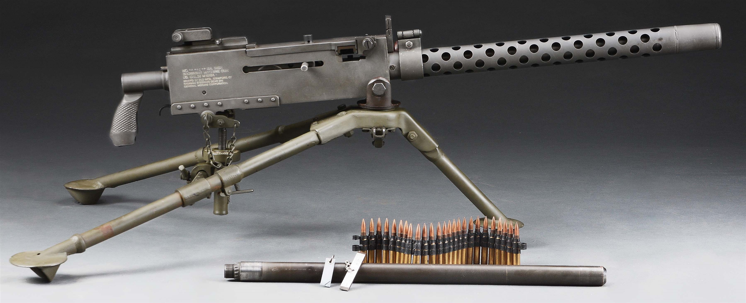 (N) HIGH CONDITION DLO SIDEPLATE BROWNING 1919A4 MACHINE GUN ON AMC MANUFACTURED TRIPOD (FULLY TRANSFERABLE)