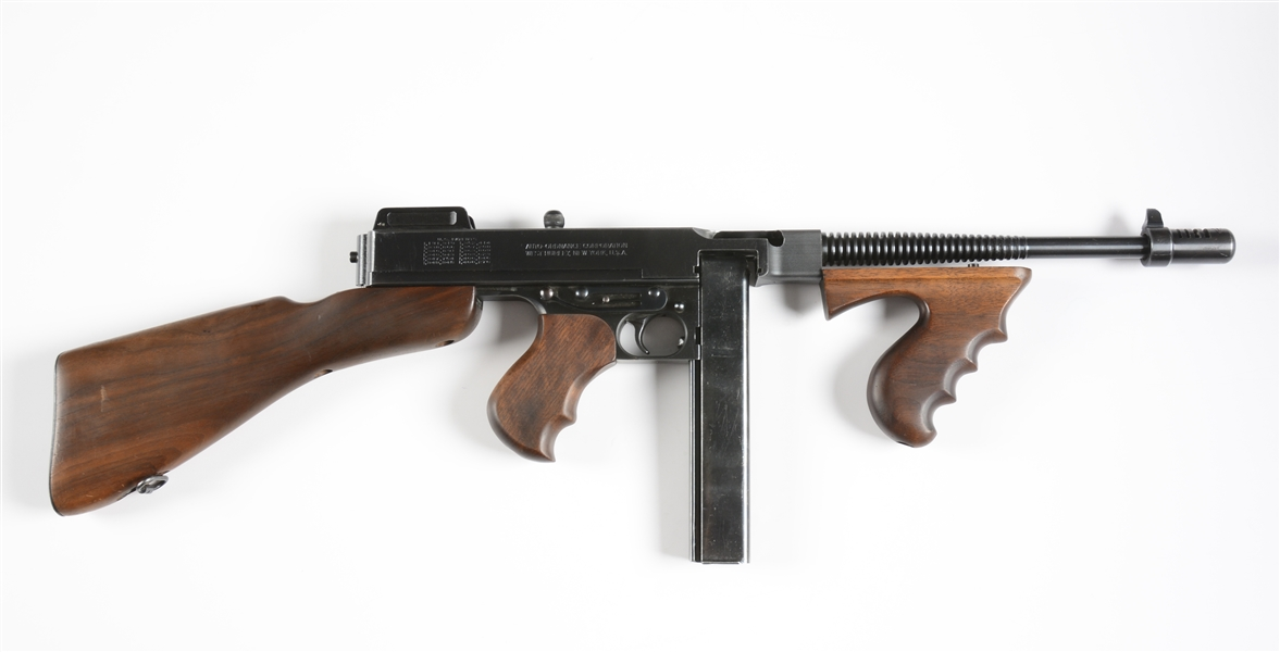 (N) EXTREMELY FINE AUTO ORDNANCE THOMPSON 1928 WEST HURLEY MACHINE GUN (CURIO & RELIC)