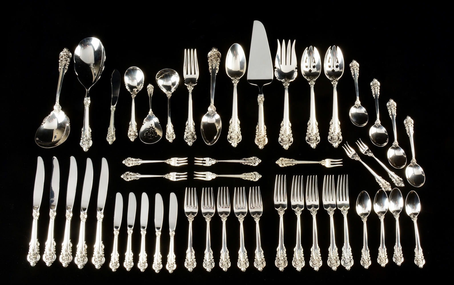 Wallace Grand Baroque Sterling Silver Service Set of 229 Pieces.