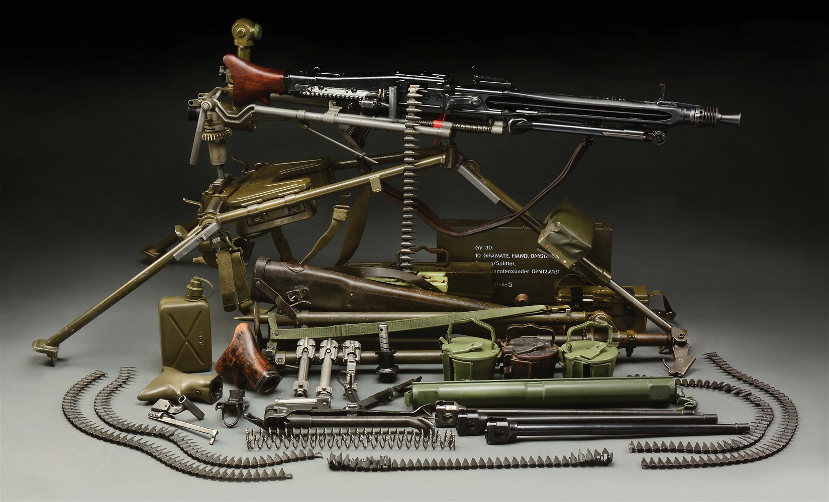(N) ICONIC GERMAN WORLD WAR II MG-42 MACHINE GUN ON MG3 MOUNT WITH NUMEROUS ACCESSORIES (CURIO AND RELIC).