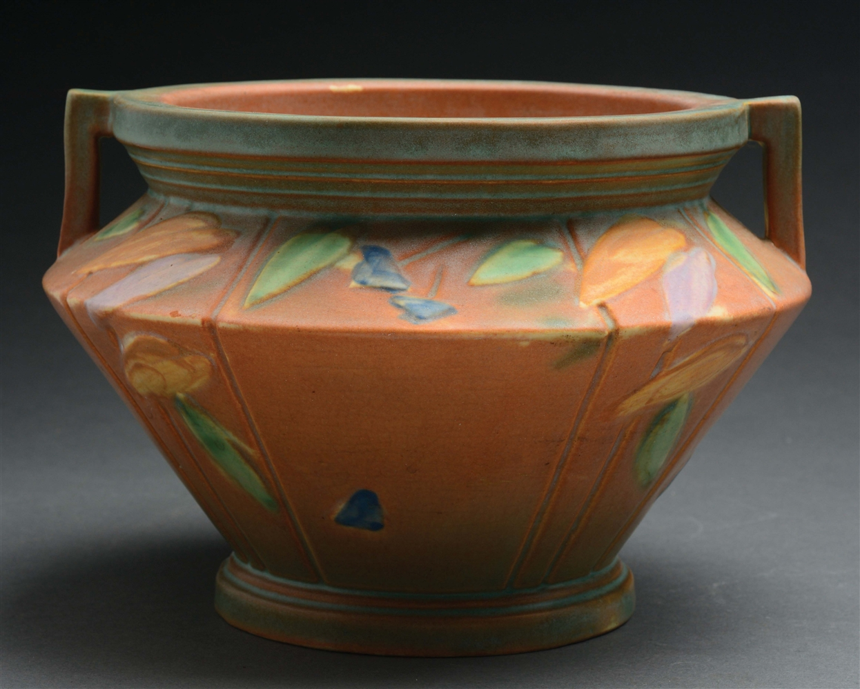 Roseville Pottery Futura Jardiniere With Handles & Leaves.
