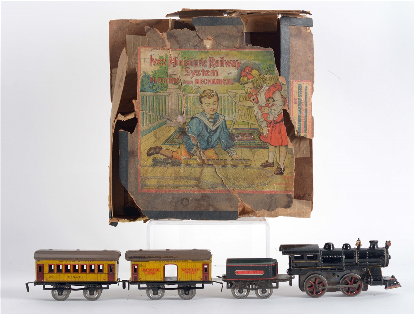 Early Ives O Gauge Miniature Railway Passenger Train Set with Box.