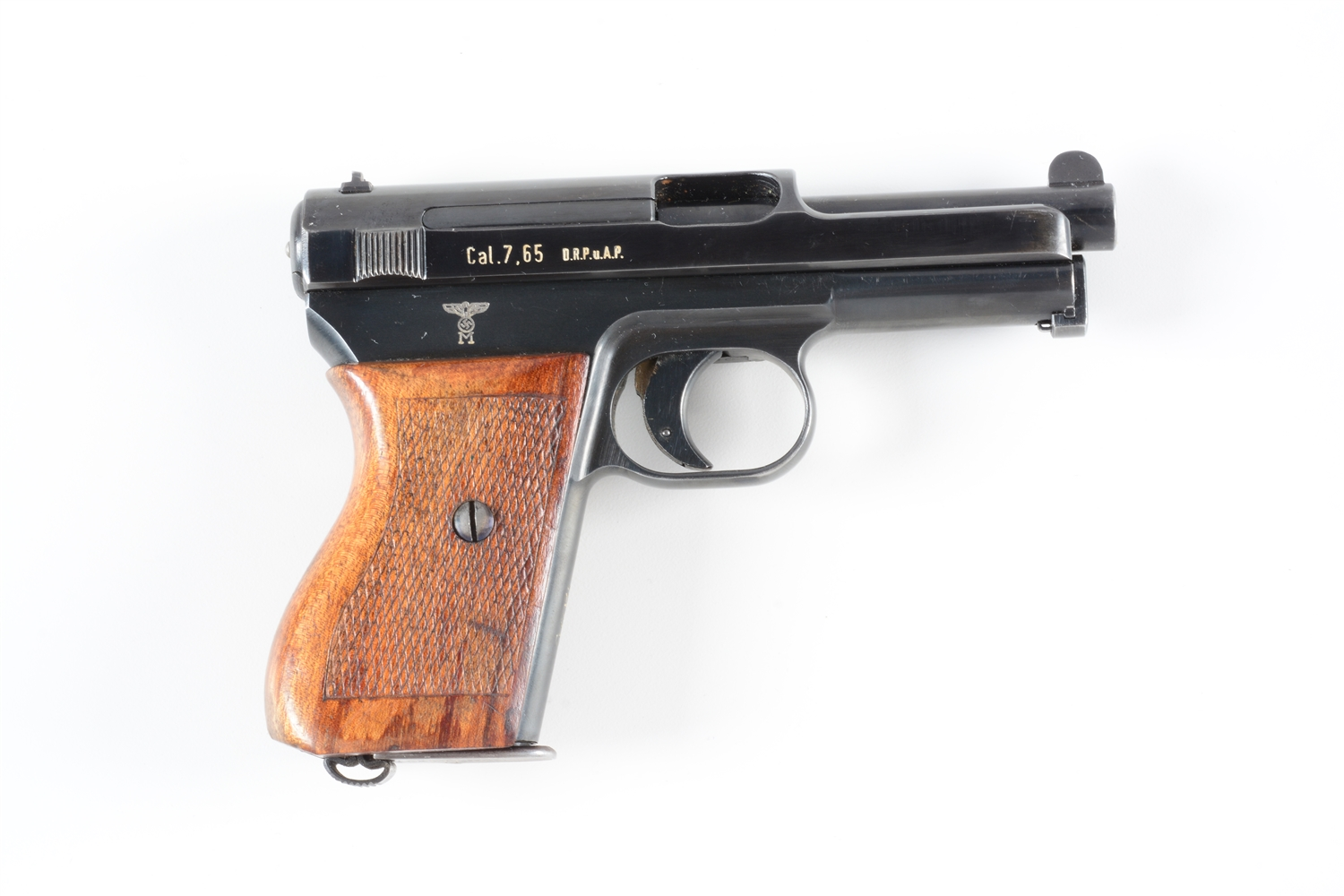 (C) SCARCE AND DESIRABLE MAUSER MODEL 1934 KRIEGSMARINE MARKED PISTOL.