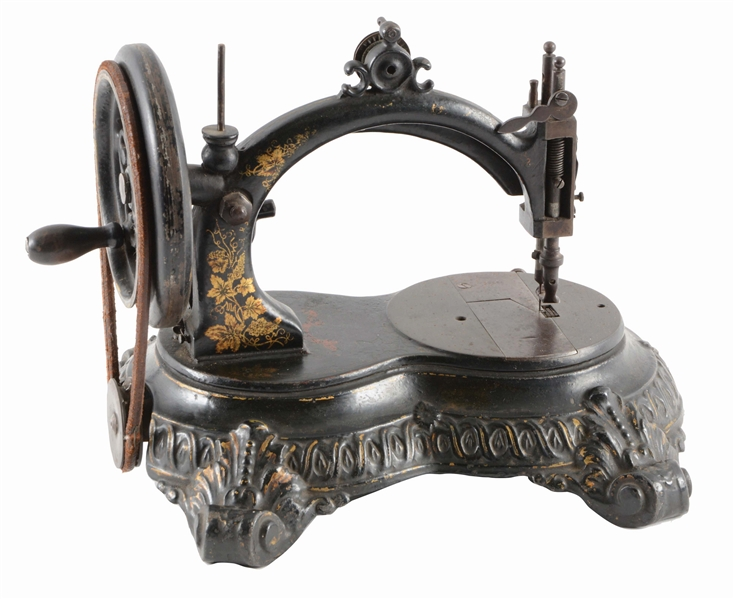 ORIGINAL LITTLE COMFORT SEWING MACHINE.