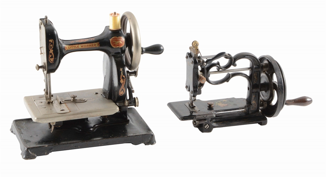 LOT OF 2: SEWING MACHINES, LITTLE WORKER.