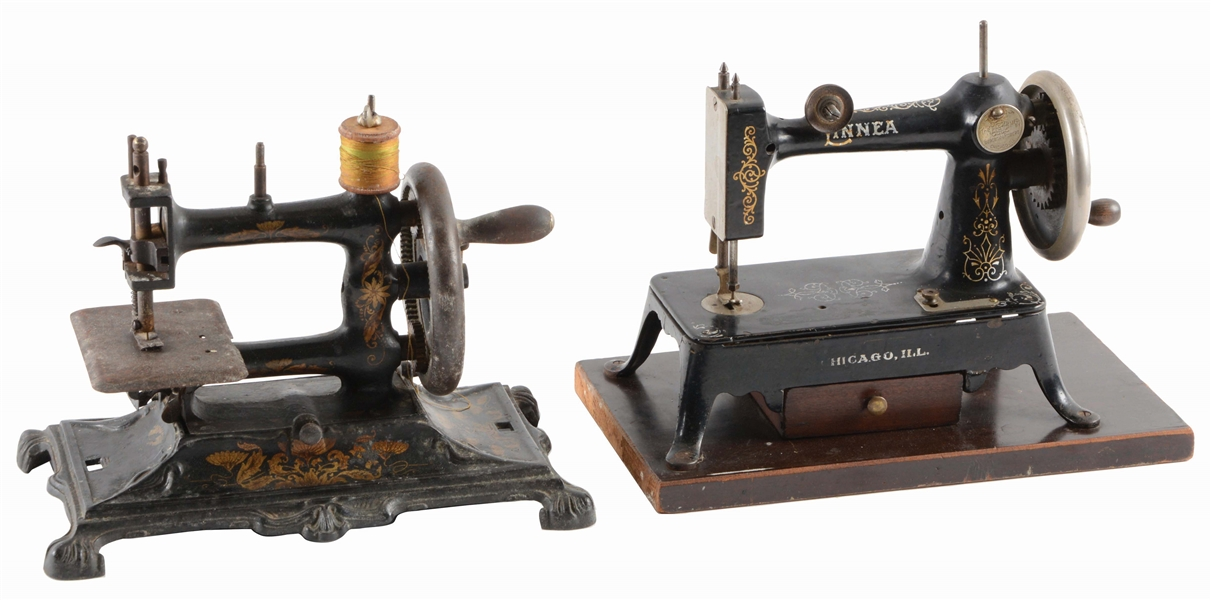 LOT OF 2: SEWING MACHINES, LINNEA.