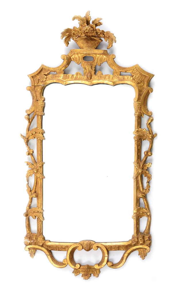 GILTWOOD CARVED LOOKING GLASS. ENGLISH. CIRCA 1770.
