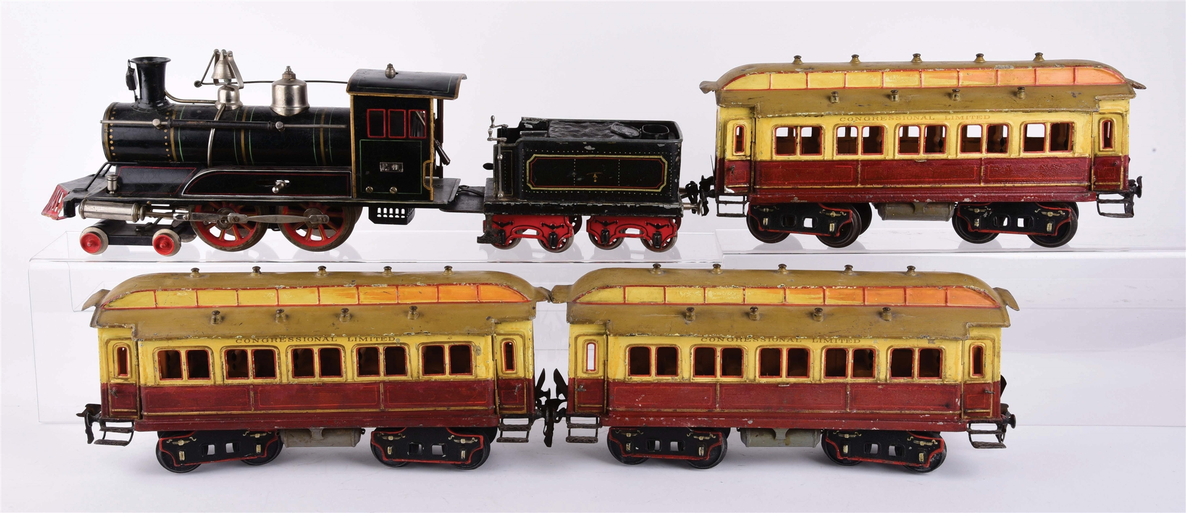 EARLY GERMAN MARKLIN CONGRESSIONAL LIMITED PASSENGER TRAIN SET.