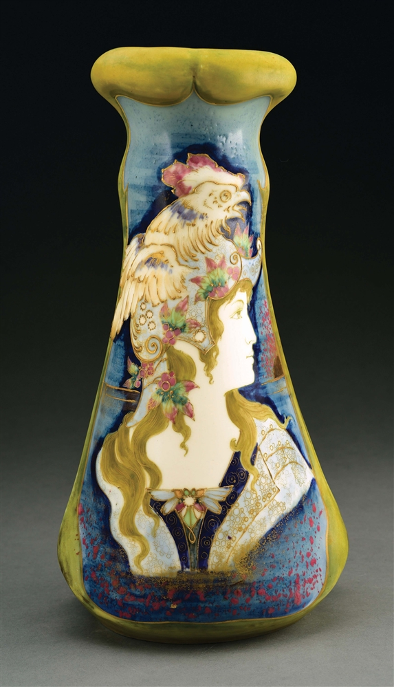 "AMPHORA PORTRAIT VASE ""THE ALLEGORY OF FRANCE""."