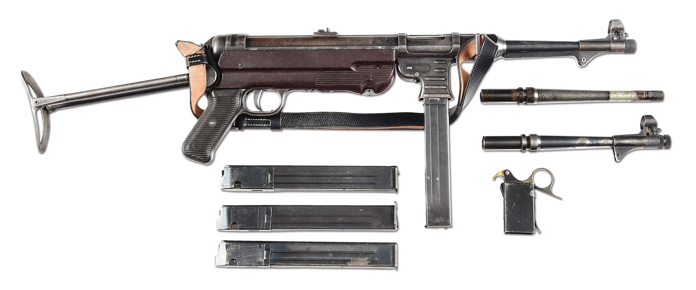 (N) NICELY ACCESSORIZED GERMAN WORLD WAR 2 ERMA MP-40 MACHINE GUN (CURIO & RELIC).