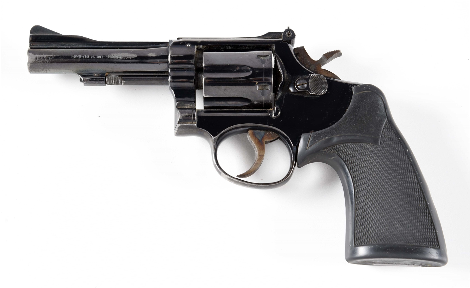 (M) SMITH & WESSON MODEL 15-3 DOUBLE ACTION .38 REVOLVER.